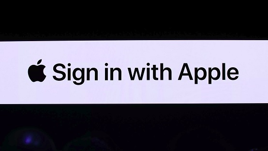 Sign In With Apple – implement it in Your app!