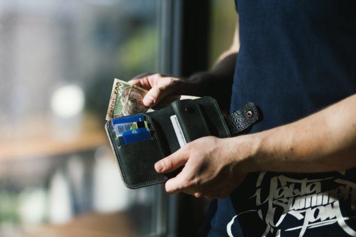 Visa y Mastercard apuestan fuerte a tarjetas contactless: American Express, fuera de juego