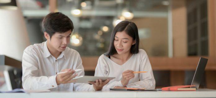 Alibaba negocia la compra de fintech de reparto a domicilio