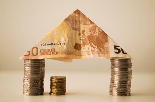 Banks seek fintech help to go digital as customers demand better cash management