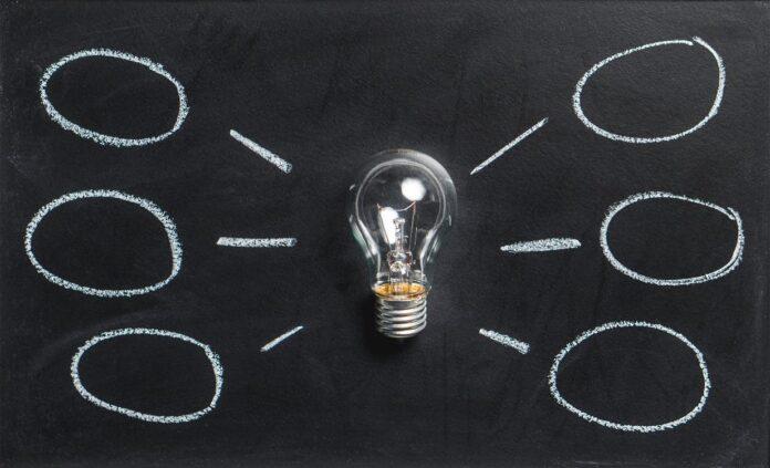 Technologie dans le secteur de l'assurance: passé, présent et futur