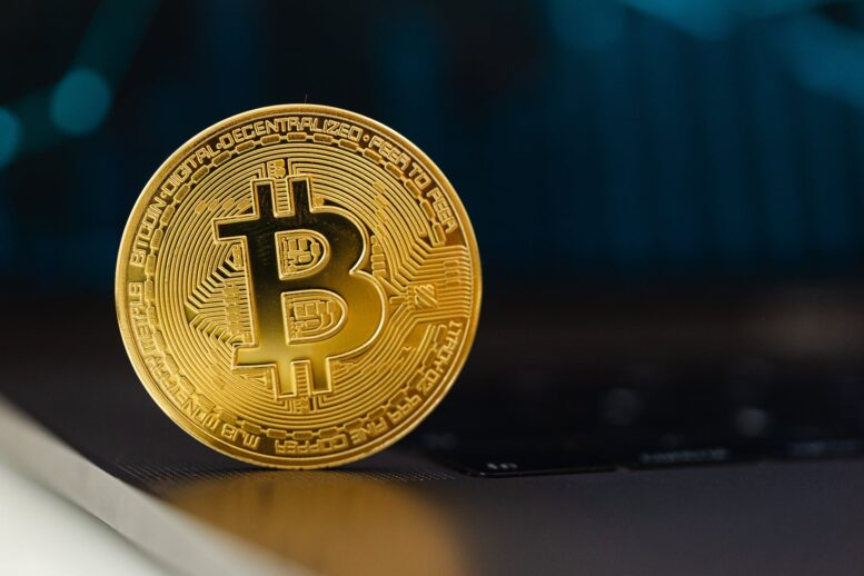 Manuel Silva Martinez, General Partner of Mouro Capital comments on bitcoin's environmental impact
