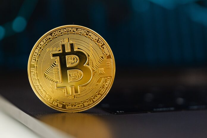 Bitcoin emits less than 5 percent of the legacy financial sector´s carbon emission