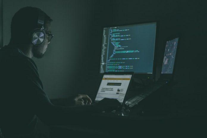 Les commerçants ripostent alors que l'IA, le Big Data offre des cyberdéfenses sans précédent